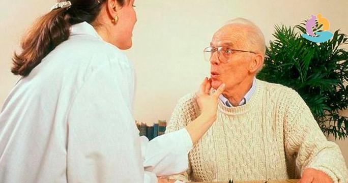 Афазия после инсульта: виды, лечение, упражнения