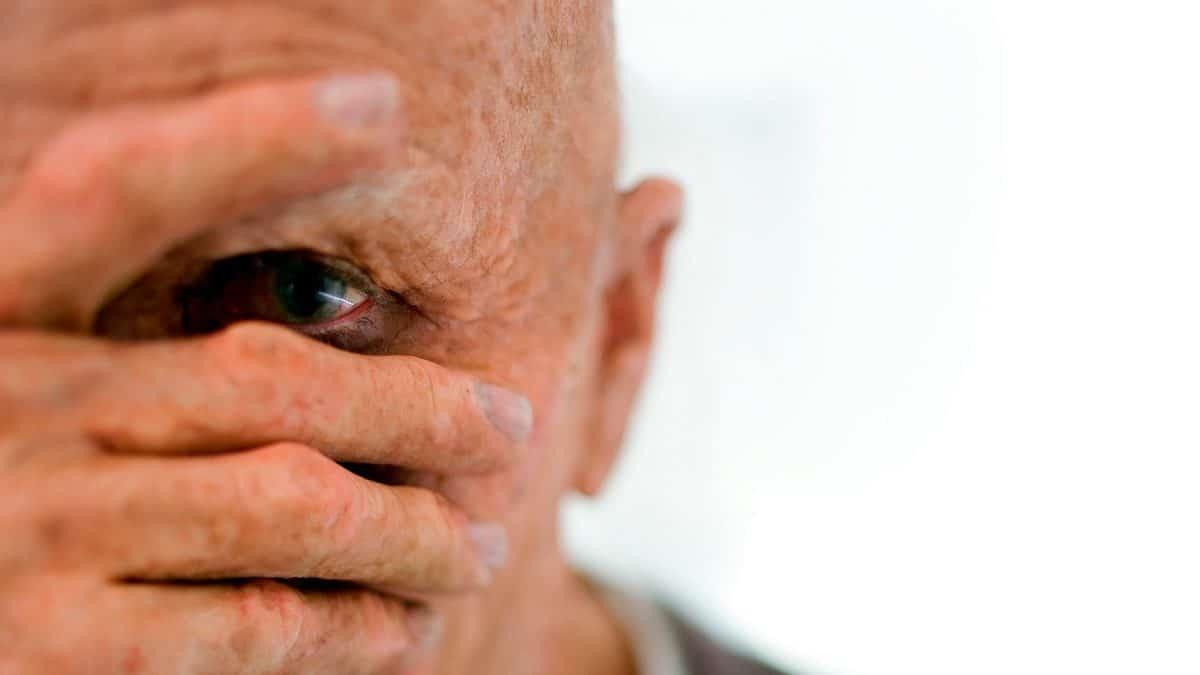 Деменция с тельцами Леви: симптомы, диагностика и лечение