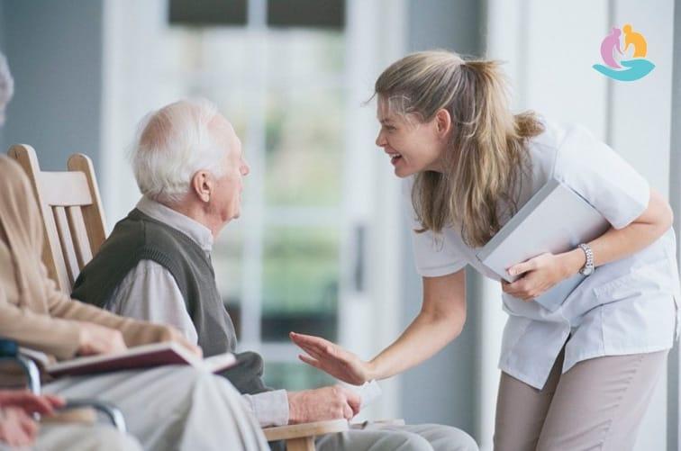 Как выбрать пансионат для пожилых дома престарелых в брянской области контакты