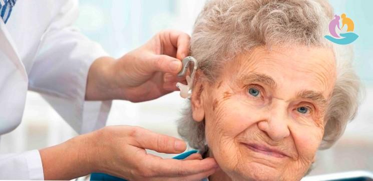 Как выбрать слуховой аппарат для пожилого человека