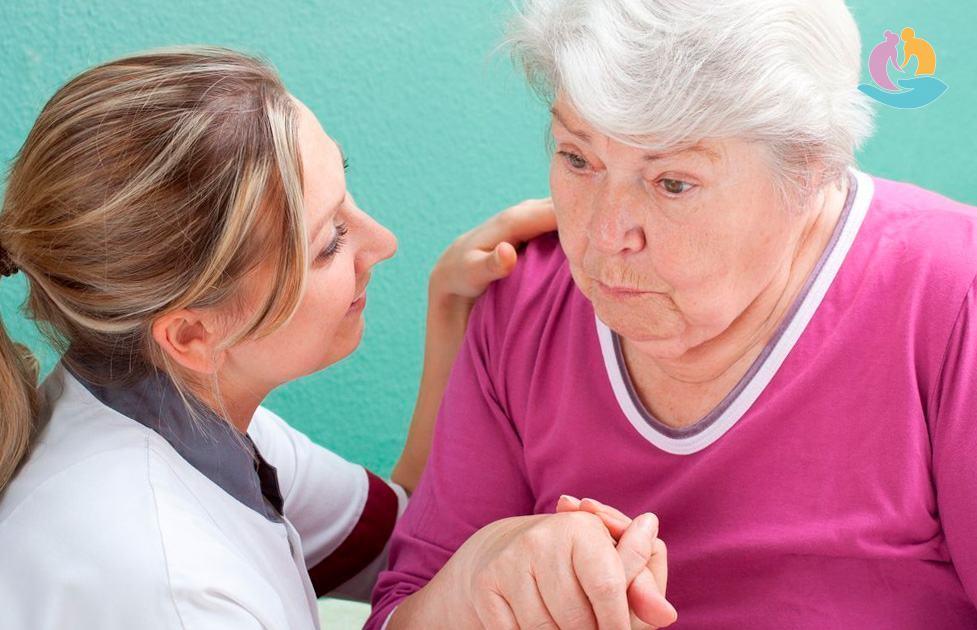 Особенности  общения с пожилыми людьми, находящимися в стрессовой ситуации