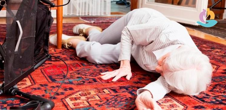 симптомы перелома шейки бедра у пожилых