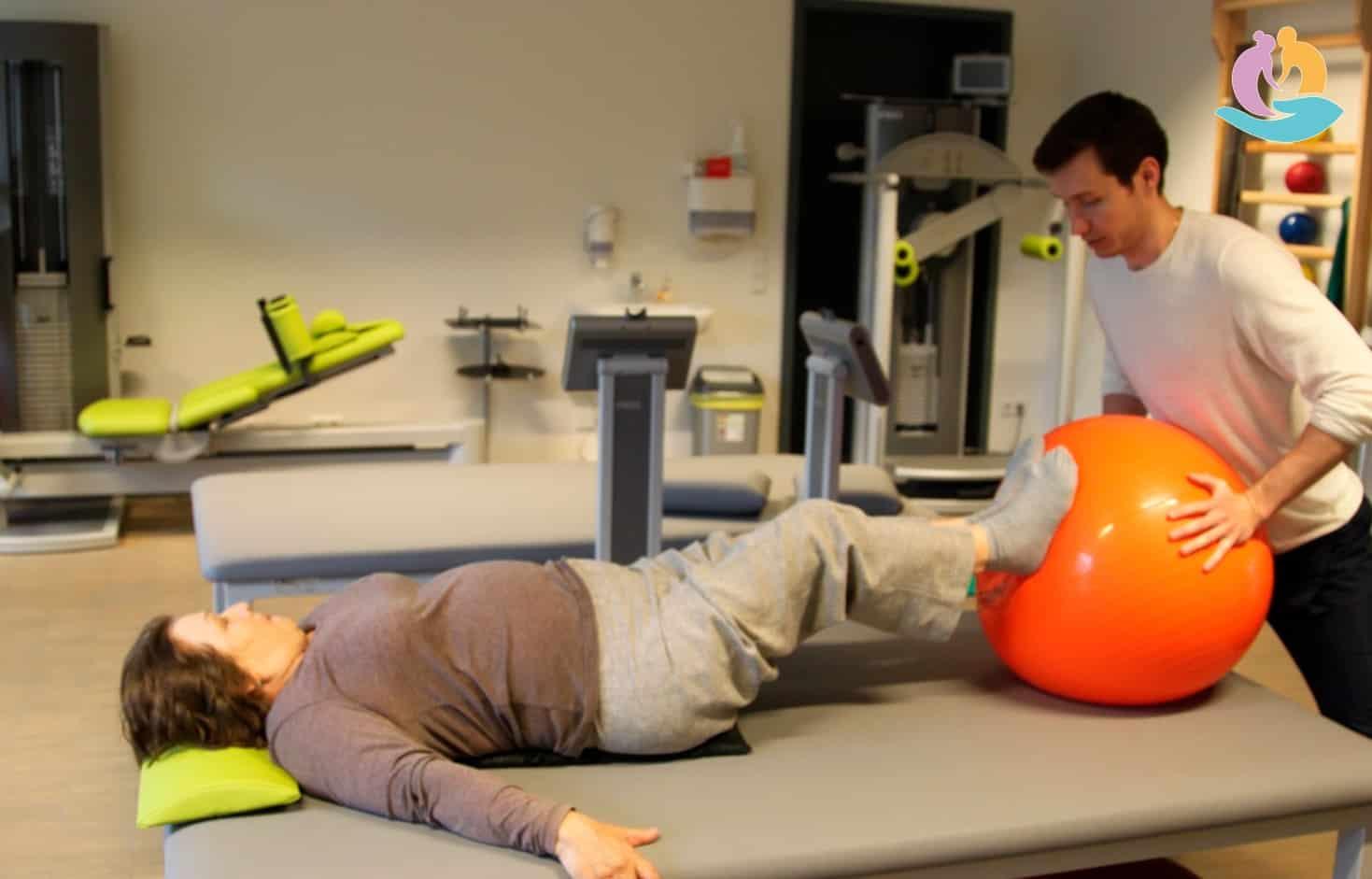 Реабилитация после эндопротезирования тазабедренного сустава статические напряжения в суставе