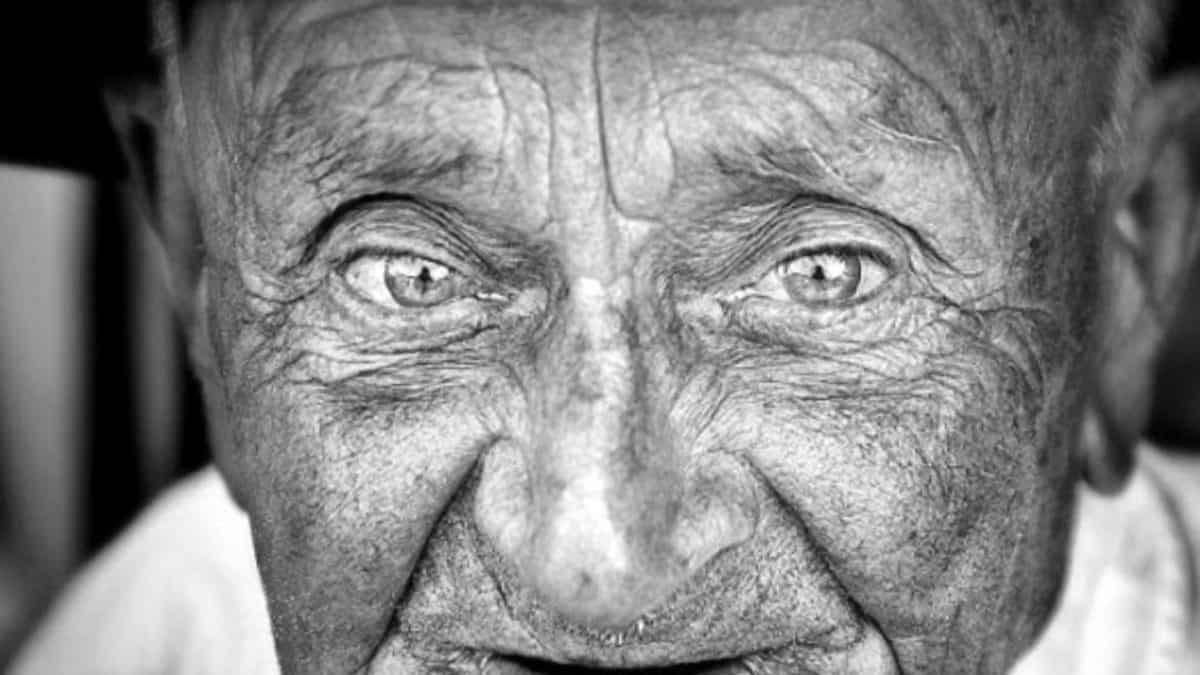 Старческая астения: причины и лечение
