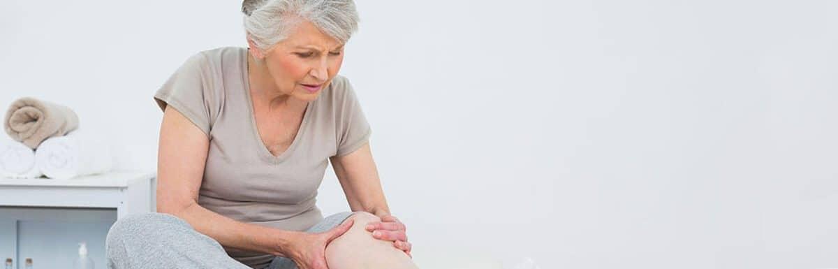 Боли в ногах у пожилых людей: возможные причины и лечение