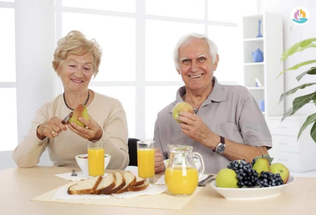 Запах пожилых от питания