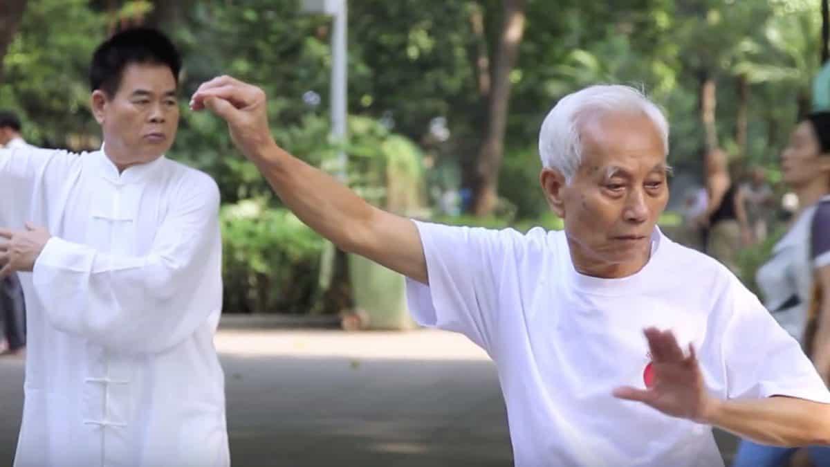 Для тех, кто хочет жить долго: 5 простых привычек долгожителей